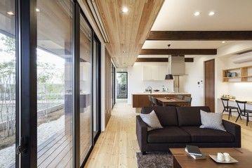 【2200万円台】線の美しさが際立つ、天然素材に包まれ家族の絆が深まる平屋住宅画像2