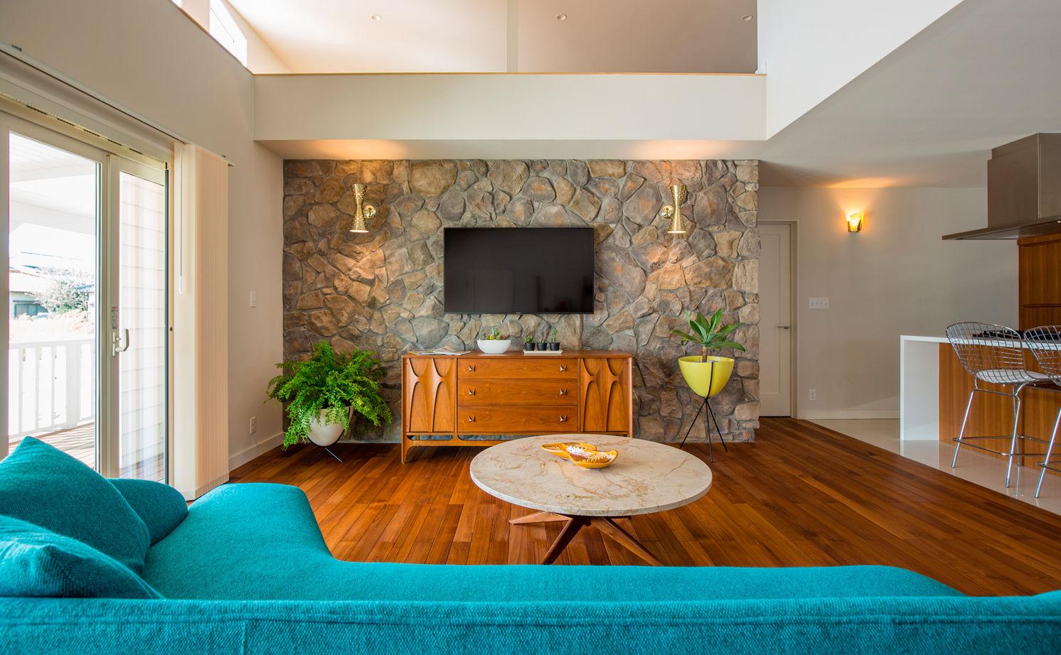 【アメリカンスタイル×平屋】無垢材など素材の質感にこだわった、ミッドセンチュリー家具が映える家画像3