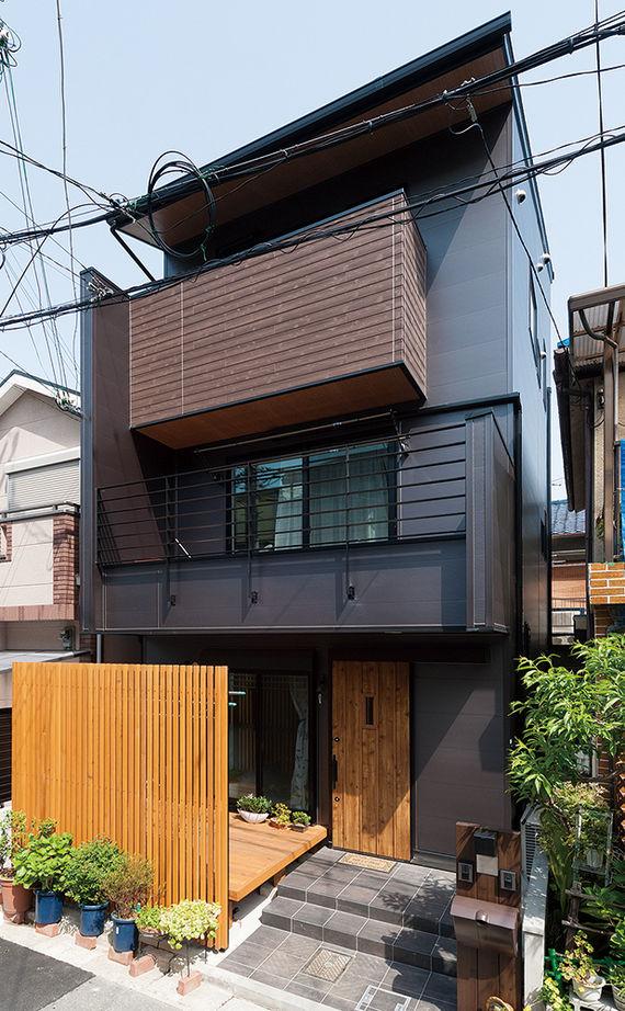 【1500~2000万円】わずか17.8坪に建てた2世帯住宅。タテヨコに広がる設計で開放感あり画像1