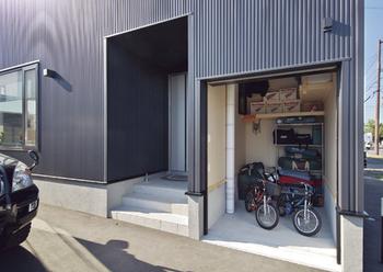 【1500万円~2000万円】倉庫のような外観が印象的 毎日の暮らしを楽しむわが家画像3