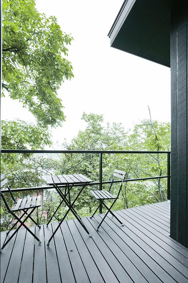 【平屋住宅×絶景リゾート】 ウッドデッキ・薪ストーブ・露天風呂のあるこだわりの平屋住宅画像3