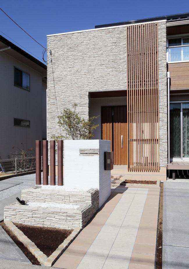 【1000万円台】【間取図有】【外観デザイン】予算内でイメージ通りに仕上がったフル装備の家画像2