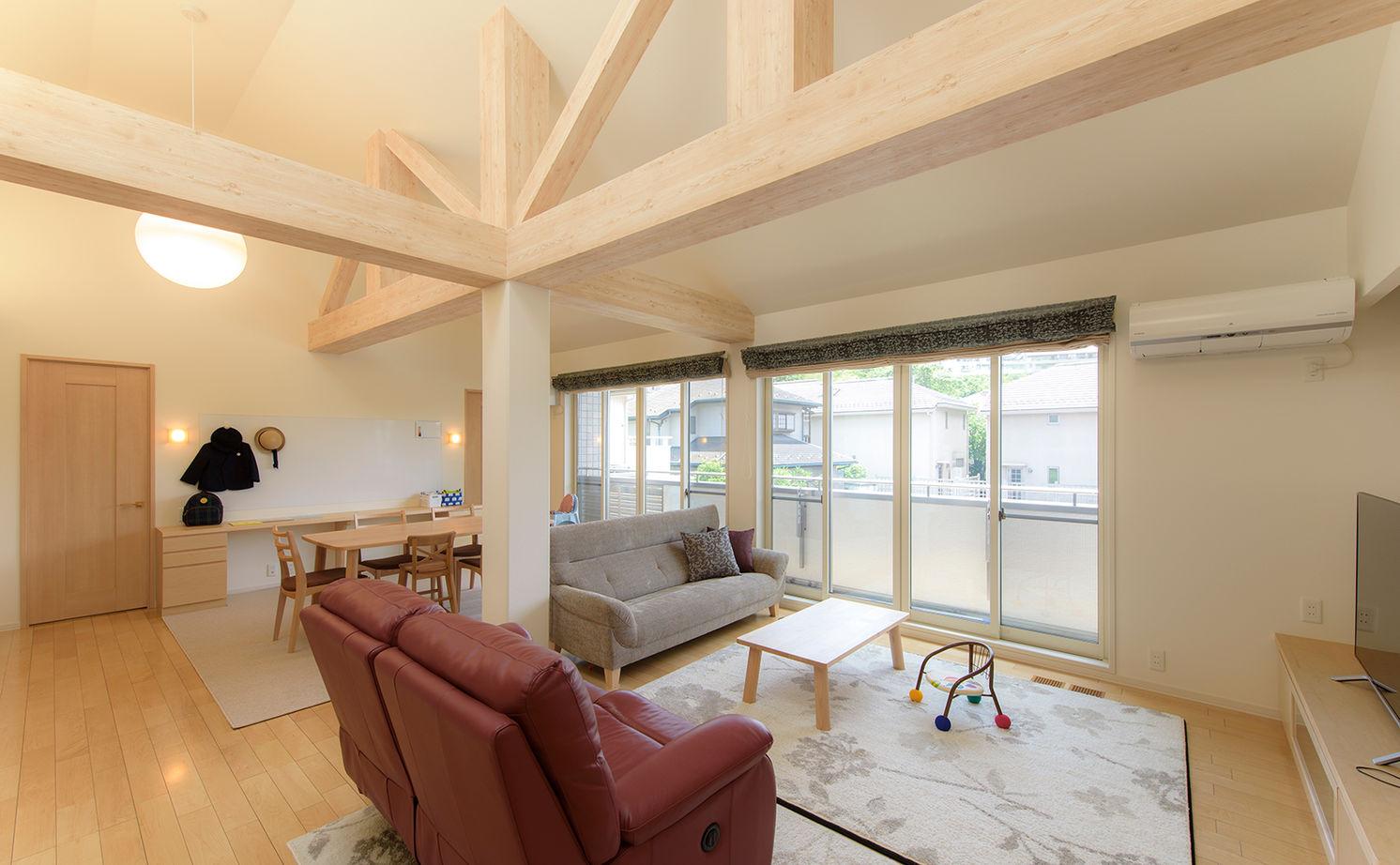 理想の子育て環境と、ワンフロアで生活できる便利さをかなえた完全分離型二世帯住宅画像2