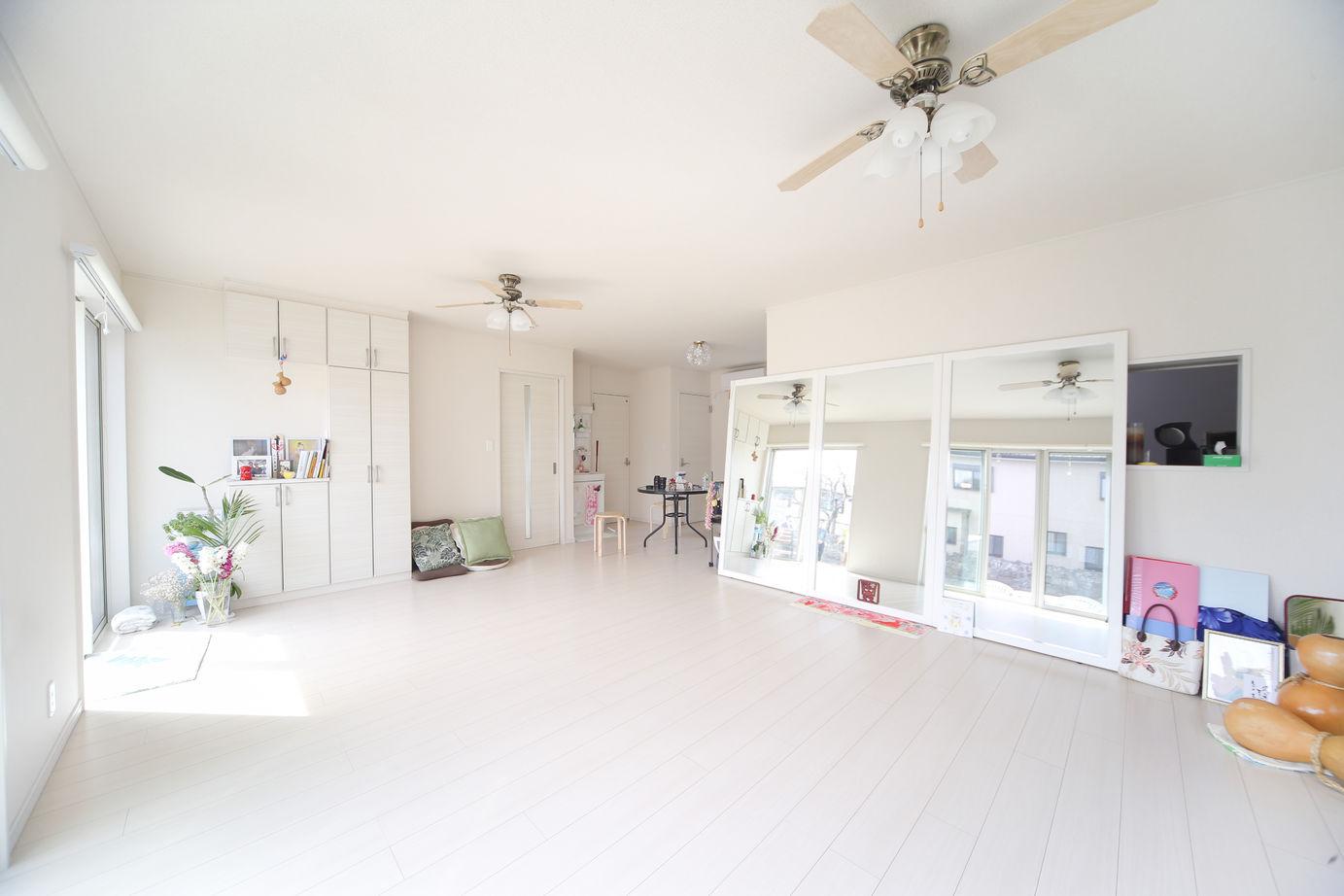 フラダンス教室と美容院を併設したお家画像1