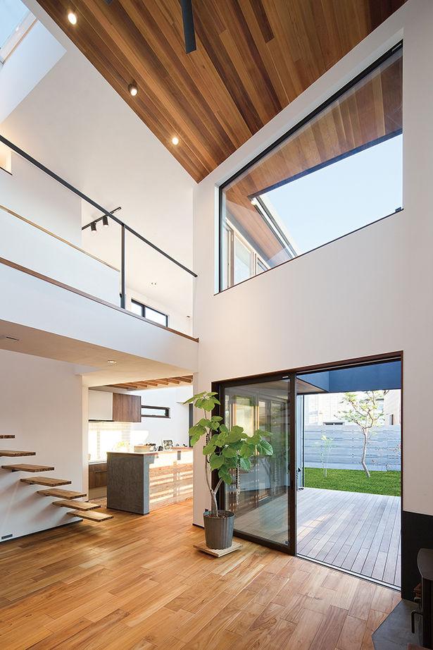 """光に溢れ、家の中を心地よい風が走り抜けていく。素材、デザインにとことんこだわった""""自分らしい家""""画像2"""