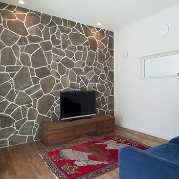 【2430万円】イメージはビーチリゾートの家。木×石×鉄で仕上げたカッコいいカリフォルニアスタイルの平屋画像3