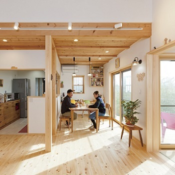 【1500万円~2000万円】自然素材のあったか木の家 高台バルコニーで飲むコーヒーが最高画像2