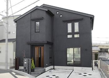 大きな吹抜け、心地よいインテリア 自由設計だからこそできた理想の家画像1