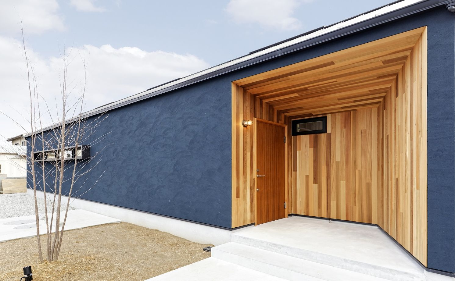 【平屋×2000万円台】回遊動線&抜群の開放感!木製のオーダー建具でつくる家族が一つになれる家画像2