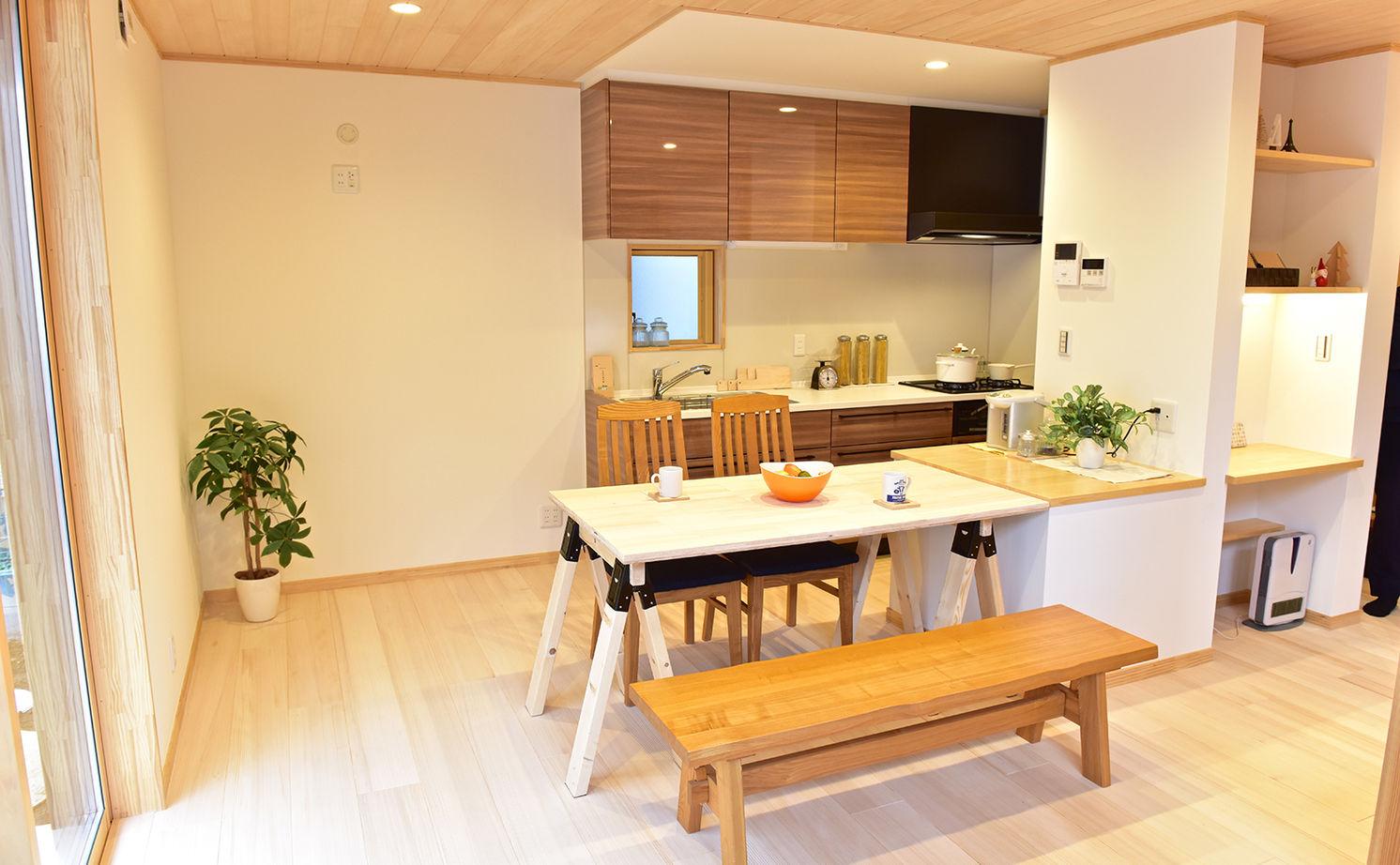 【本体価格2300万円】「もみの木」の家で自然素材の心地よさを実感。便利な生活動線にも大満足の住まい画像2