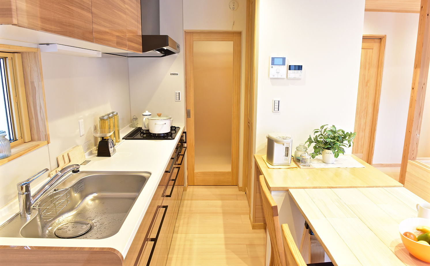 【本体価格2300万円】「もみの木」の家で自然素材の心地よさを実感。便利な生活動線にも大満足の住まい画像3