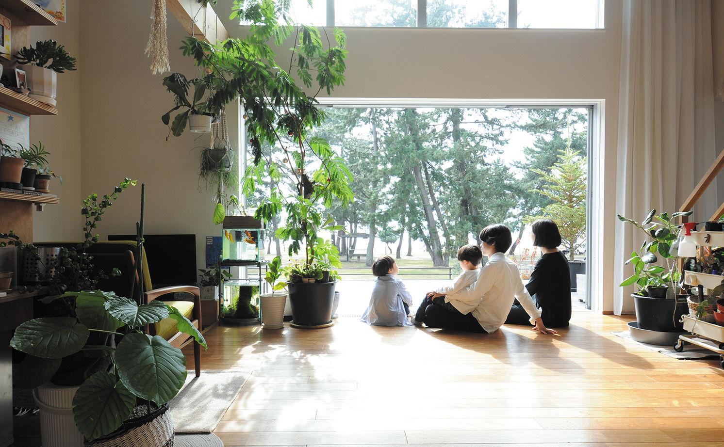 【2100~2200万円】大きな窓に広いテラス、吹き抜けで空間全体が繋がる湖の景色と暮らす家画像3
