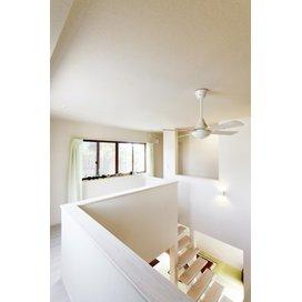 住友不動産の新築そっくりさんの廊下のリフォーム実例