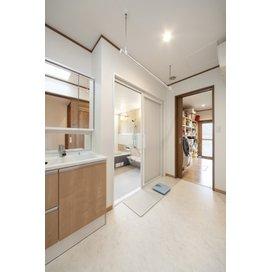 住友不動産の新築そっくりさんの洗面所・脱衣所のリフォーム実例