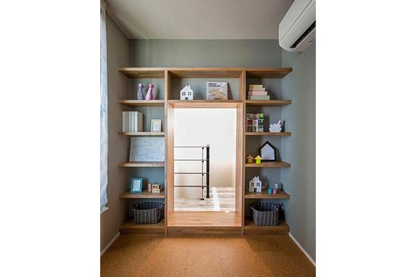 【吹き抜けや個性的な間取りも印象的なインダストリアルデザイン】クラシスホーム津島店モデルハウスB9