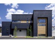 アイデザインホーム福山北展示場 2階建てなのに6層構造を実現。ブルックリン風のモデルハウス