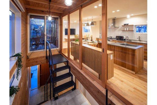 【国分寺モデルハウス/27.5坪・2LDK】都市部でも開放的な暮らしが叶う『通り庭の家』。随時内見OK2