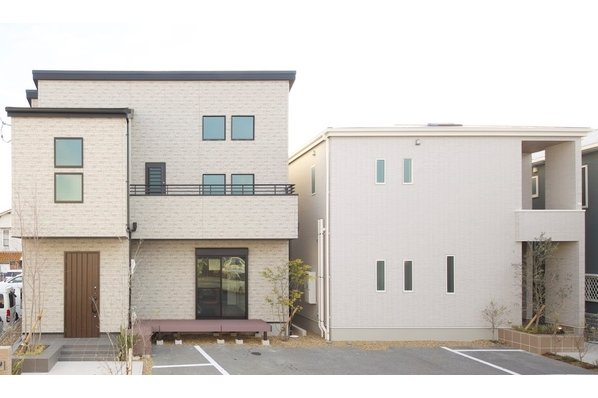 本社メインショールーム【3階建てモデルが丸ごと1棟ギャラリーの中に 泉北1号線沿い】8