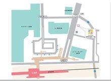 辻堂駅北口3分です。1階に美容室が入っているビルの2階になります。場所がご不明な時はお電話いただければ、何処へでもお迎えに上がります。