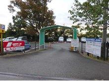 お車でお越しのお客様は「伊豆急行時間貸駐車場」に駐車してください。