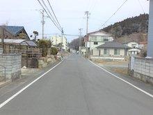 不動町1 900万円 ●北道路(西より撮影)●道路幅員は広々約7.9m