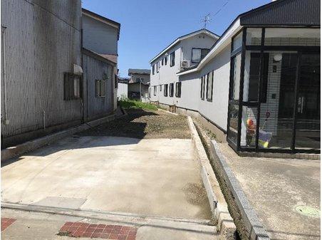 牛島東1(羽後牛島駅) 675万円 現地(2020年4月)撮影