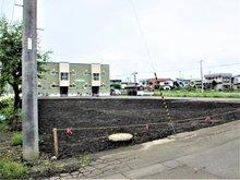 大字文京町(弘前学院大前駅) 815万円~990万円 No.1区画の北側道路から撮影した様子です。