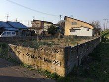 大字野内字菊川(野内駅) 200万円 現在更地です。