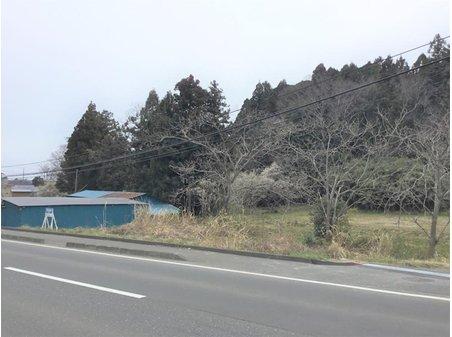 小松字上前柳 300万円 畑や資材置き場としては、いかがでしょうか?お気軽にお問合せください。石巻・古川エリア担当オフィスはTEL0225-22-8602です!