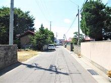 南田中村内(津軽尾上駅) 900万円 前面道路は幅員約5.2mです
