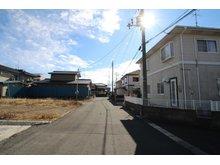 中屋敷1(石巻あゆみ野駅) 400万円 ●前面道路は6mで駐車も安心です!