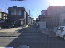 合浦2 255万円 現地(2021年6月)撮影 市道からの進入道路(幅員4.0m、私道)
