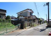 大手町(石巻駅) 1900万円 ●西道路(北より撮影)●建物ありますが解体のうえ、更地にて引渡しいたします!