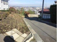 大字沢里字沢里山(本八戸駅) 445万円 前面道路の様子