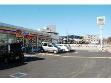 鶴瀬西2(鶴瀬駅) 6600万円 ミニストップ富士見鶴瀬西店(自転車で約2分)まで300m