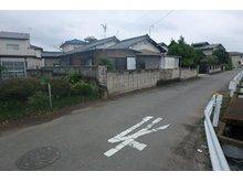 大字樋越(駒形駅) 2130万円 東町道含め北から、左手前は目的外土地です(2020年7月)撮影