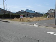 大字平井 326万5000円~353万5000円 C、D区画の隣は公民館