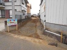 大字結城 280万円 旗状土地ですが左右に隅切りがされており、車の進入は楽です!