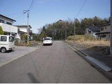 猪倉 600万円 北側前面道路(西から東方向を撮影)