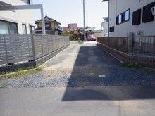 見和2(赤塚駅) 1220万円 進入路地は舗装済です 引渡し後に舗装のやり直しを売主様にて実施予定