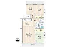 小田急コアロード海老名第2 3LDK、価格1750万円、専有面積78.69㎡、バルコニー面積11.42㎡南・東・北の三方角部屋による陽の光がサンサンと降り注ぐ室内はダイニング、リビングと分けやすく使い勝手の良い広々LDKと、ゆとりある各居室を兼ね備えた、広々タイプの3LDK。とても収納豊富な間取りです