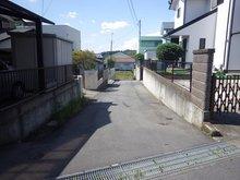 見川町(水戸駅) 900万円 接道している道路を撮影