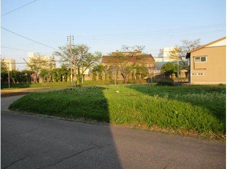 石塚町1(新井駅) 680万円
