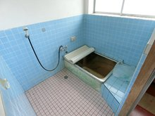 大字東中島(黒井駅) 600万円 浴室