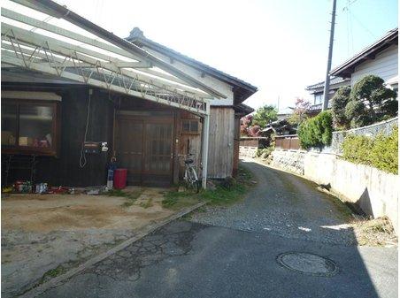 宮ノ上(桜町駅) 700万円