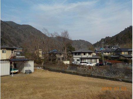 八瀬近衛町(八瀬比叡山口駅) 3800万円 住戸から「高野川」を望む好立地