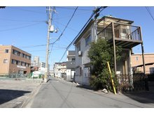 岸和田2(萱島駅) 698万円 前面道路は車通りも少ない閑静な住宅地です!