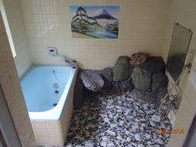 薪山垣外(京田辺駅) 1990万円 室内(2020年10月)撮影「お風呂は:浴室専用棟にあり」