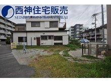 加古川町平野(加古川駅) 1980万円 写真奥の建物付です。敷地面積45.15坪です。現地(2021年5月31日)撮影