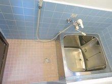 脇田町(門真南駅) 580万円 浴槽も交換済みで清潔感のある浴室になりました♪